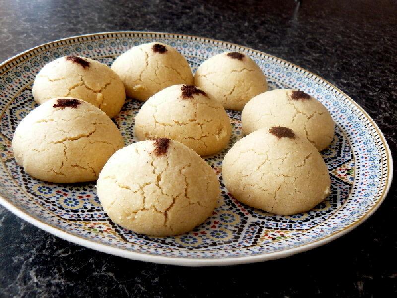 "Moroccan Ghoriba ""Sand"" Cookies"