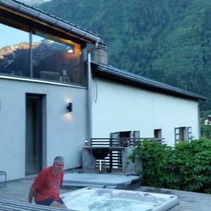 chamonix-hot-tub