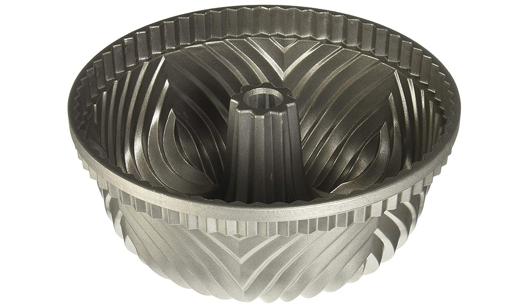 Amazon | BEST PRICE: Nordic Ware Bavaria Bundt Pan , Prata