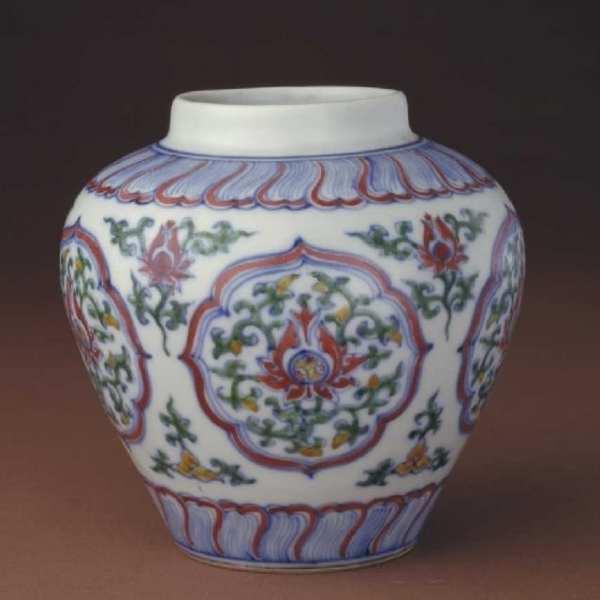 Кераміка династії Мін (1368-1644 рр), wucai. China Online Museum