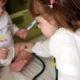 Παιδιατρική εξέταση: κλάμα ή... παιχνίδι;