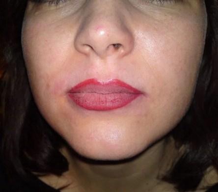 Lippenkontur mit Einbschattierung