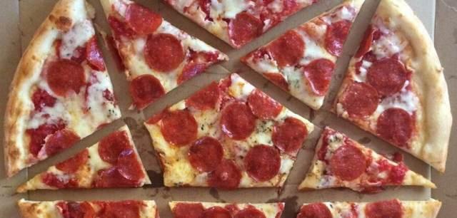 06-pizza-breitbart