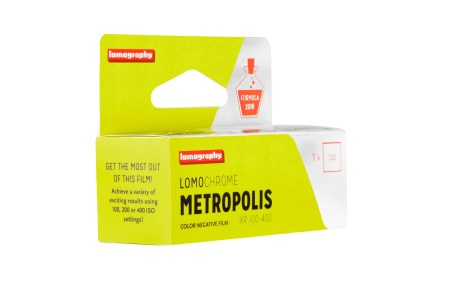 LomoChrome Metropolis_120_quarter_right