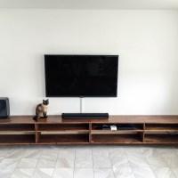 TV-Lowboard ölen und aufhängen