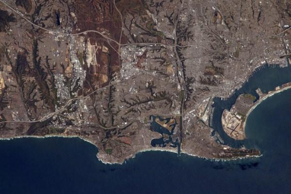 Jak úžasně vypadající město z vesmíru: údolí, parky, moře, mrakodrapy – zdá se, že to všechno San Diego má.