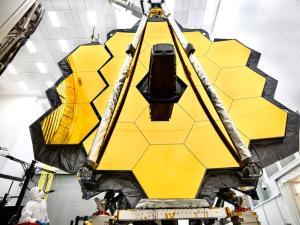 Primární zrcadlo dalekohledu Jamese Webba