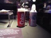 Testování Coly a Pepsi proběhlo se speciálními nádobami