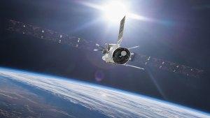 BepiColombo při průletu kolem Země.