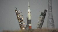 Sojuz MS-13 několik desítek minut před startem
