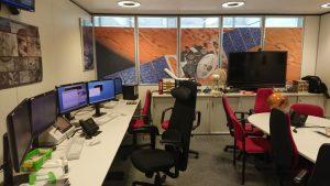 Nezvykle prázdné řídící středisko mise Mars Express.