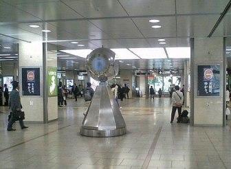 名古屋駅の銀の時計