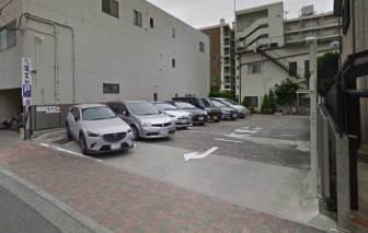 あつた蓬莱軒本店の駐車場B