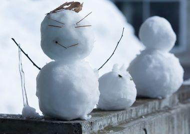 子供の雪遊びは何歳から?持ち物は?服装(ウェア靴手袋)や遊び道具等2