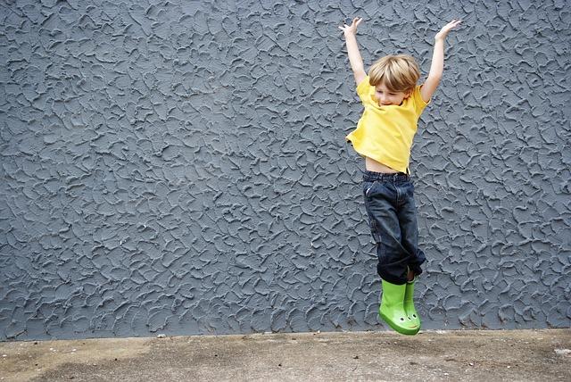雨の日 長靴 ジャンプ