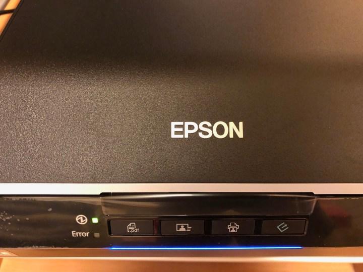 EPSON GT-X830