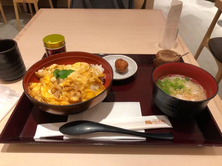 鶏三和 八重洲地下街店の三和の純鶏名古屋コーチン親子丼冷やし鶏そば