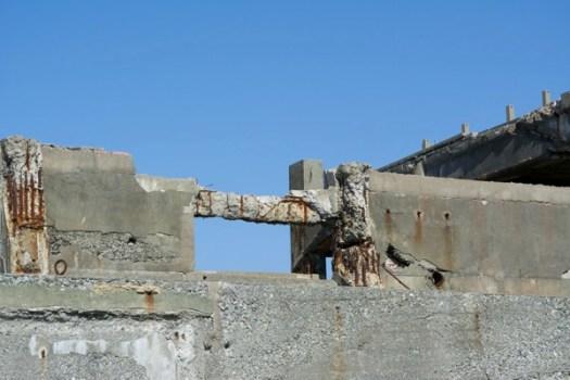 朽ちていく鉄筋コンクリート