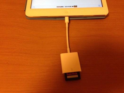 Lightning to SD Card Camera Reader