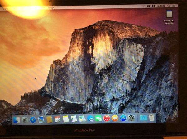OS X Yosemiteデスクトップ