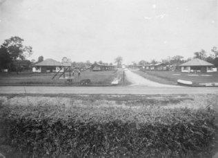 1937 (1937 10 16) Family homes at the site of 'Rambutan', Sumatra