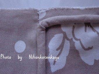 パイピングクッションの縫製