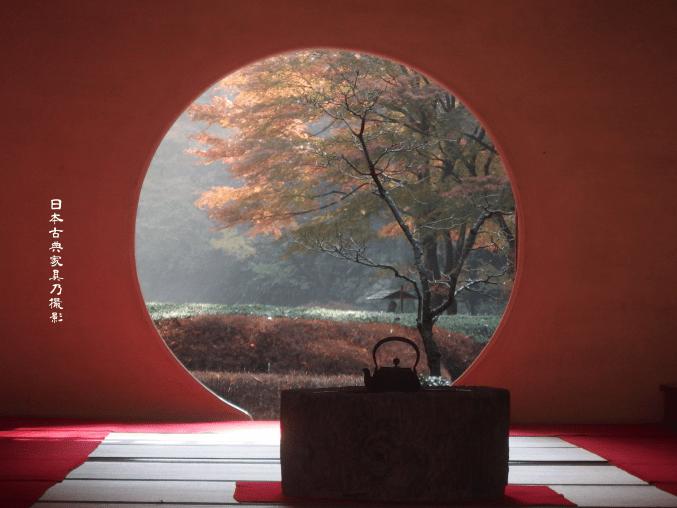 明月院 本堂の丸窓