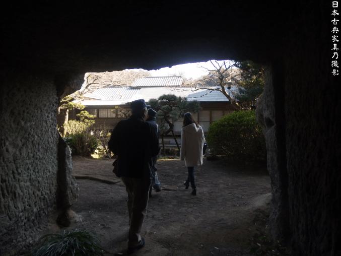浄光明寺 裏庭のやぐら