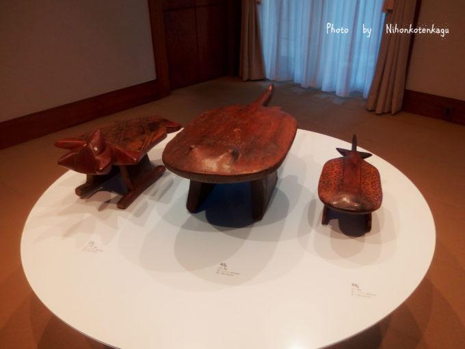 庭園美術館 ブラジルの先住民族の椅子展 エイ ハチドリ