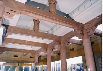 鎌倉国宝館内部の梁