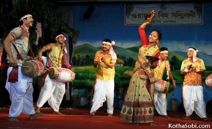 Noted Bihu artiste Ranjit Gogoi and Rodali Bora along with co artistes performing during the ongoing Bihu festival at Guwahati Bihu Sanmiloni at Latashil play ground in Guwahati on Tuesday 13th April 2015.