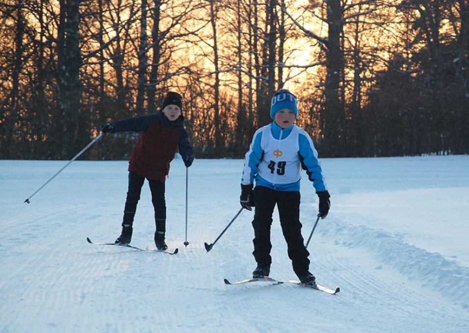 Oskari Tarkiainen kisasi numerolla 49 ja sijoittui kolmanneksi.