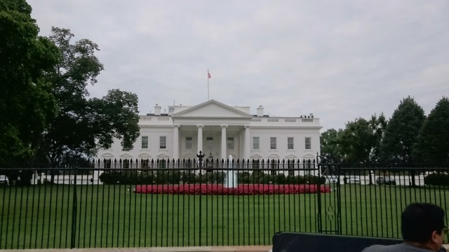 ホワイトハウス裏口