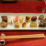 志ま平。神楽坂にある完全予約制の蕎麦の名店のコース料理で日本酒を楽しむ