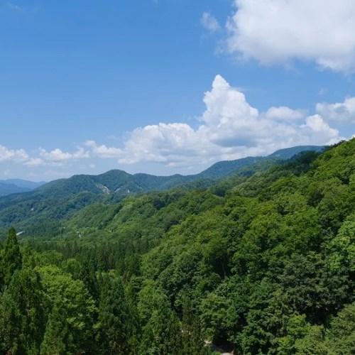 須川岳の周辺の風景写真