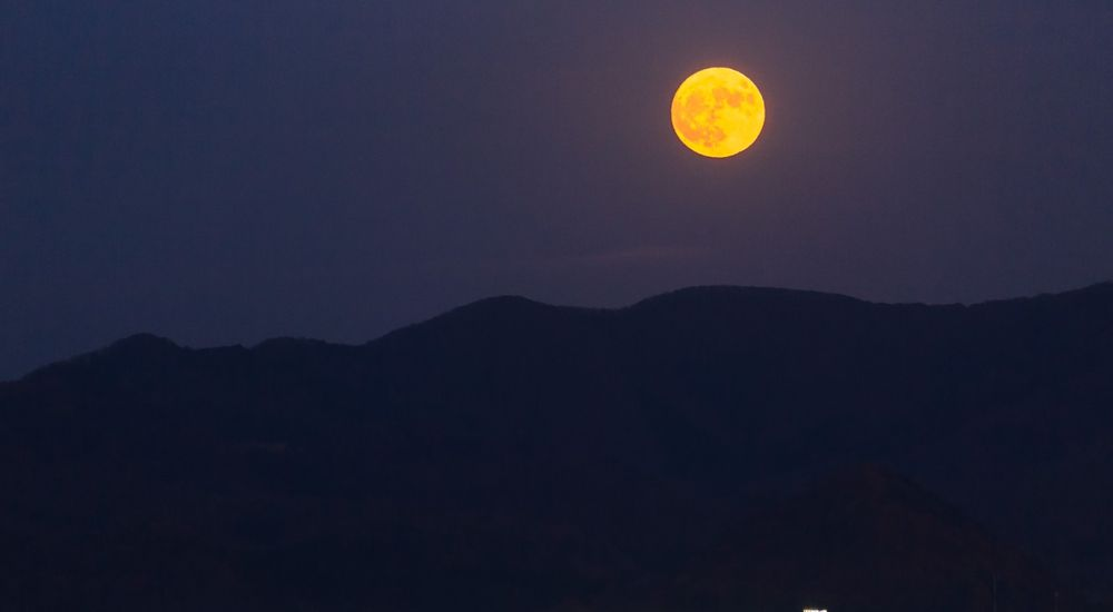 夜空の『月』を表す美しい言葉・古語 一覧 113種類 - 読み方・意味付き