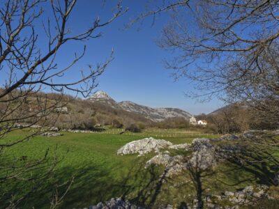 krivošije crkvice kotor montenegro