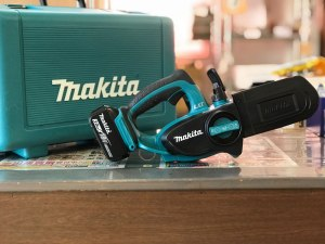Makita チェーンソー UC122D