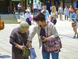 命を天秤に要求を通す 高齢者の「冥土の土産ハラスメント」急増か
