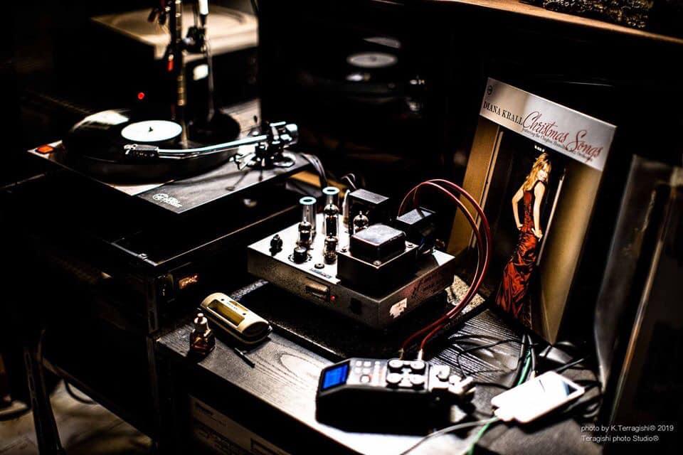 スタジオのオーディオ
