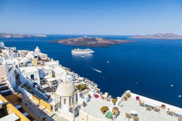 Το πρώτο test στον τουρισμό – Ανοίγει τα σύνορα η Ελλάδα