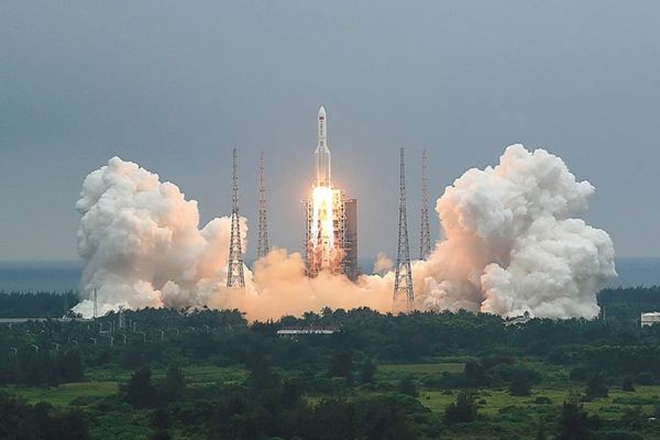 Κινεζικός πύραυλος: NOTAM εξέδωσε η Υπηρεσία Πολιτικής Αεροπορίας