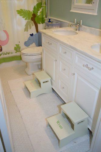 Custom Kids Bathroom Cabinets In North Haldeon New Jersey