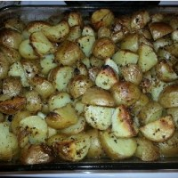 Oven-roasted Crispy Greek Potatoes