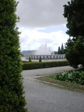 Fountains at Praça do Império, right outside the Jerónimos Monastery.