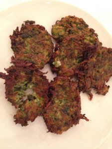 Kolokythokeftedes - Courgette Fritters