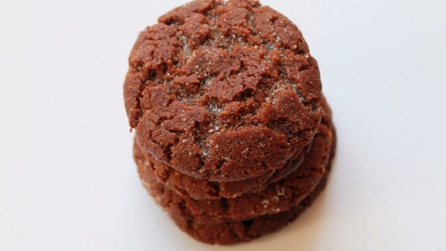 peanut-butter-cookies-kicking-back-the-pebbles-1