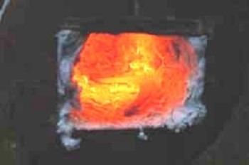 Горение после утепления ватой и подключения поддува воздуха.