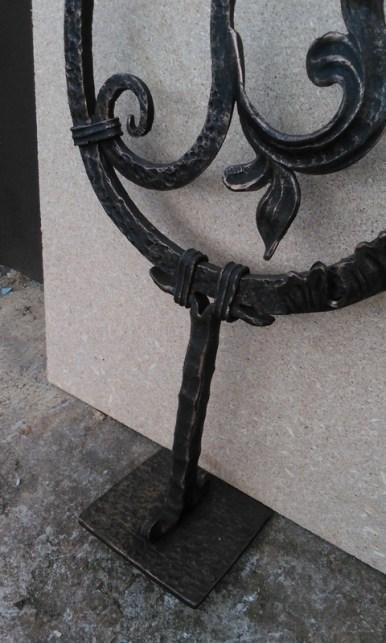 Начальный столб для лестницы и перил от Кузницы Урала