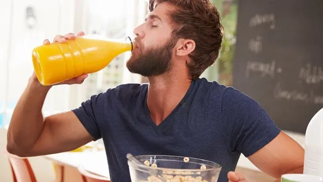 One Major Side Effect of Drinking Juice Every Day, Say Experts